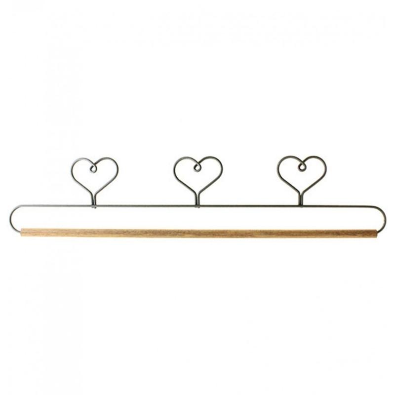 "Quilt Hanger, Three Heart Holder 15"""