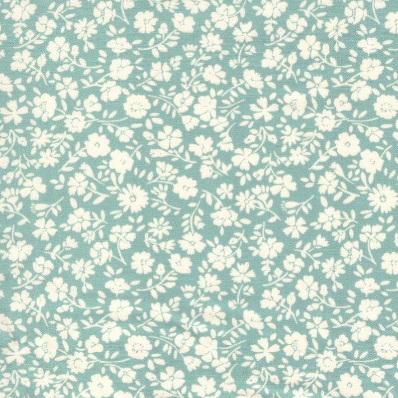 Sanderson quilting fabric, Blue Vintage Collection - Teal Petunia print