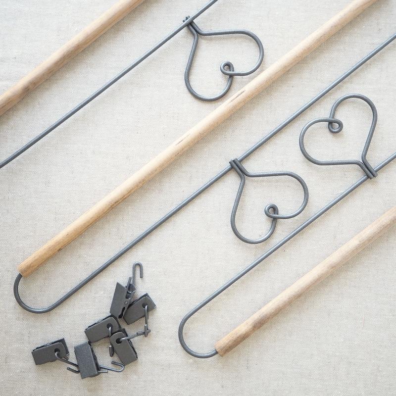 doll mini quilt hanger